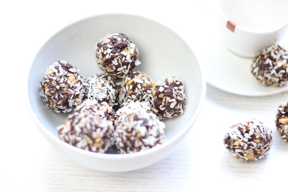 Healthy-Chocolade-dadel-ballen1