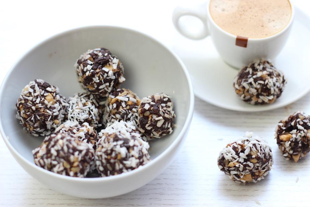 Healthy-Chocolade-dadel-ballen5