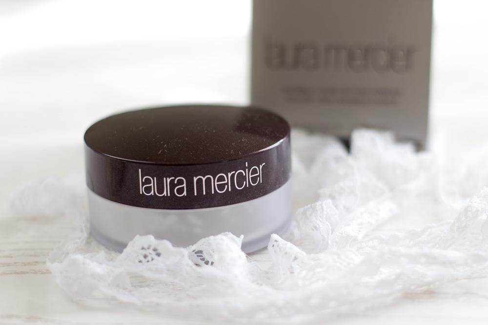 LauraMercier_TranslucentPowder_2