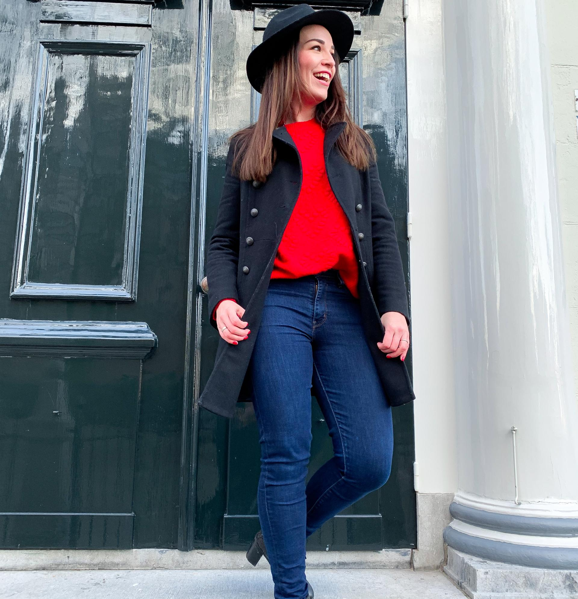 Outfit zwart met rood