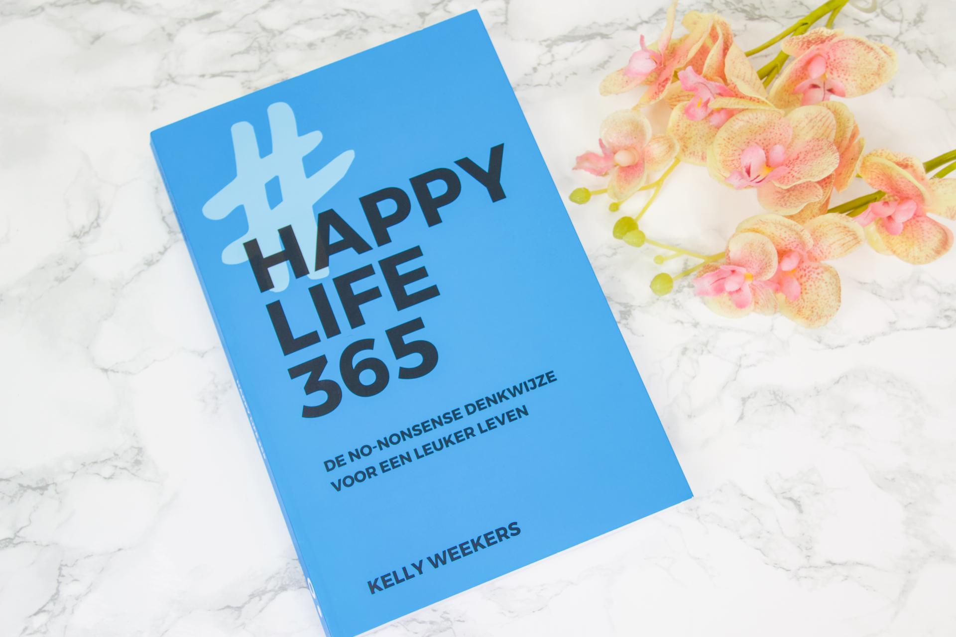 Happy Life 365 Boek omslag