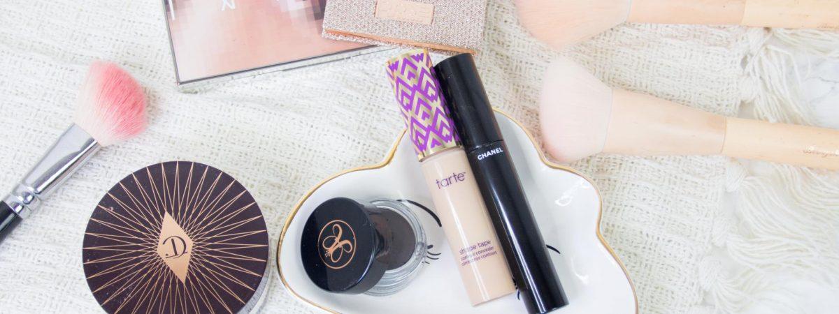 Hoe ik mijn make-up stap voor stap aanbreng