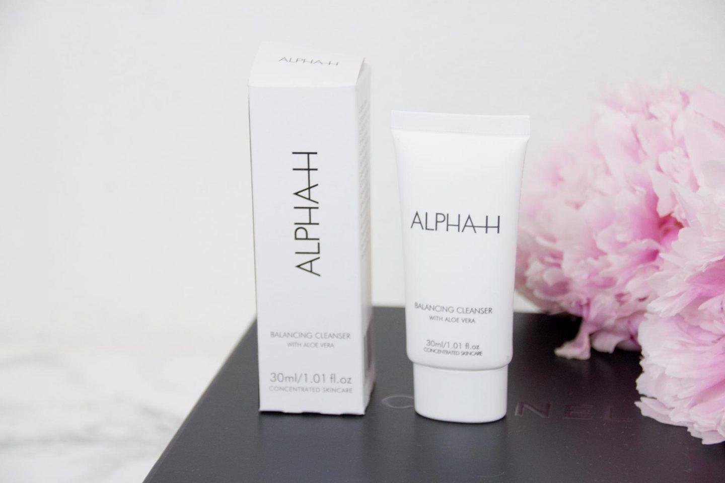 Alpha-H Cleanser en Make-up Remover spons